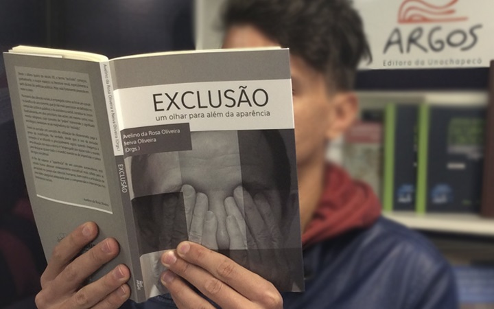 """""""Exclusão: um olhar para além da aparência"""""""