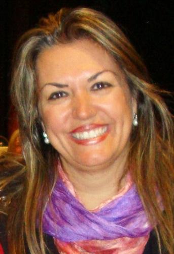 Claudia Maria Simões Martinez