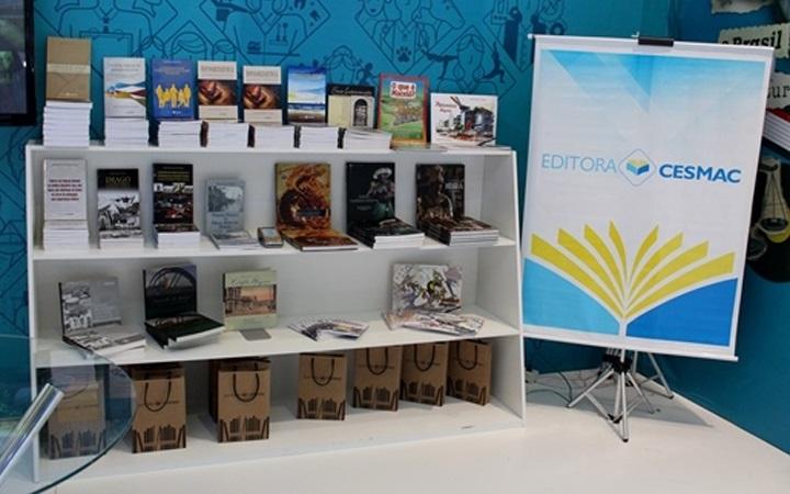 Editora Cesmac marcou presença na 8ª Bienal Internacional do Livro de Alagoas