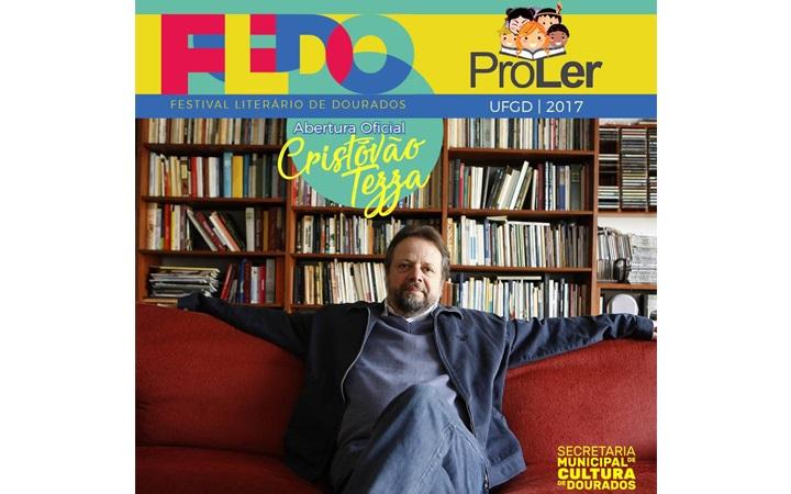 Editora da UFGD marca presença no I Festival Literário de Dourados