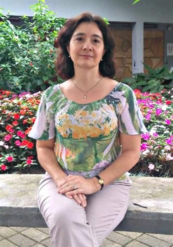 Janine Moreira