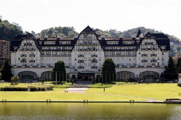 Palácio Quitandinha. Fonte/crédito: http://www.petropolis.rj.gov.br/fct/index.php/galeria-de-fotos/category/49-palacio-quitandinha